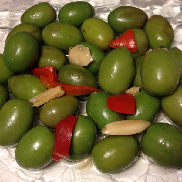 Olives Verte boisée à l'ail